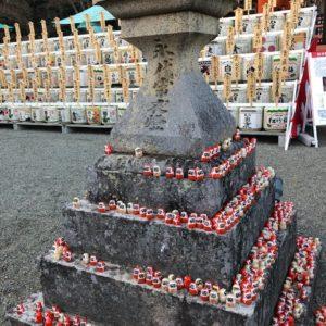 初詣②名のごとく『勝運のお寺』ということで、境内のどこにいっても【だるま】がいっぱい!