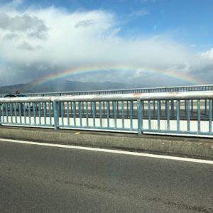 滋賀県を移動中にまたまた虹を発見!今月も良い事がありそうです(^^♪